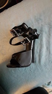 "uk10 43 17cm SM BDSM Sexy 7"" black shiny patent lock sandals sexy high heels"