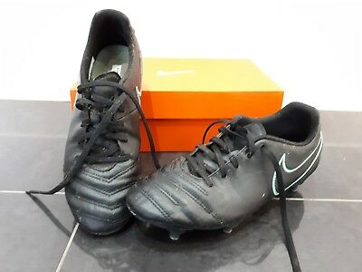 fae6f1640 USED NIKE TIEMPO jr support black and red astro trainers size uk10 ...