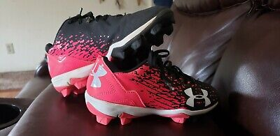 20c8351b2cf5 Under Armour Girls Baseball Cleats, Size 2Y, Pink And Black, Excellent!