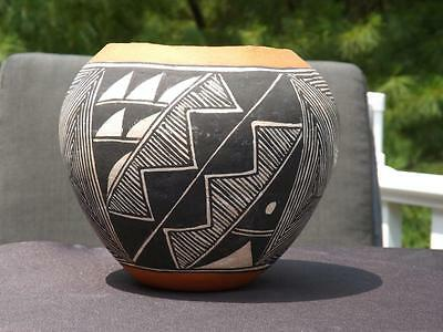 Acomo Pottery Jar Bowl Laguna New Mexico Native American Handmade Signed I.W