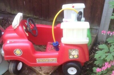 Ride On Fire Engine With Water Pump And Hose