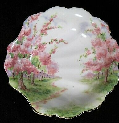 Royal Albert Blossom Time Shell Shaped Berry Dish
