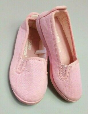 YOUNG DIMENSION GIRLS SHOES Size 7 Pink Dolly Canvas Plimsolls
