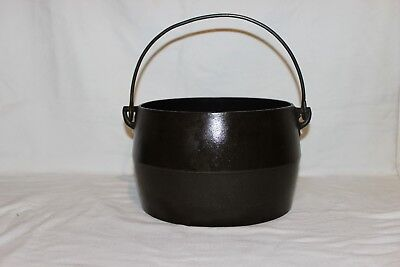 Marietta Co PA #5 Cast Iron Gypsy Kettle Bean Pot with gate mark