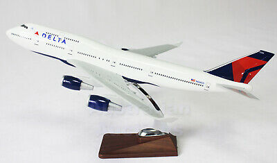 DELTA AIR 747-400 JUMBO LARGE BOEING  PLANE MODEL AIRPLANE APX 47cm SOLID