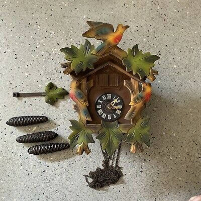 Black Forest Style Cuckoo Clock - E. Schmeckenbecher - West Germany