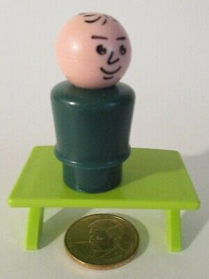 Vintage Fisher Price Little People GREEN BODY DAD MAN Stamped Hair All Wood #2