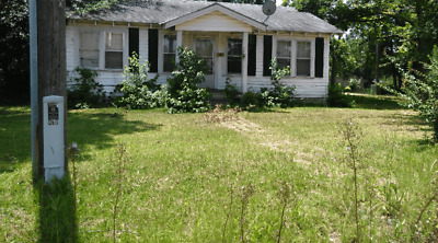 HOUSE, WITH LOT OF / 0.27 Acres