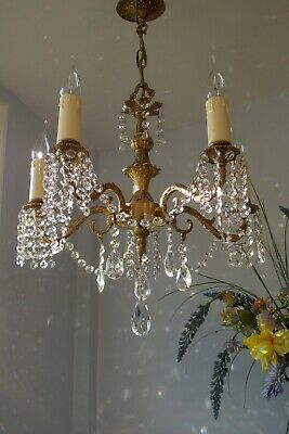 *Gorgeous* Vintage French style 5 Arm Gilt Brass Chandelier Light.Crystal Drops.