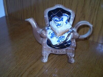 """BLUE WILLOW """"REAL OLD WILLOW"""" CARDEW DESIGN by ROYAL DOULTON TEAPOT"""