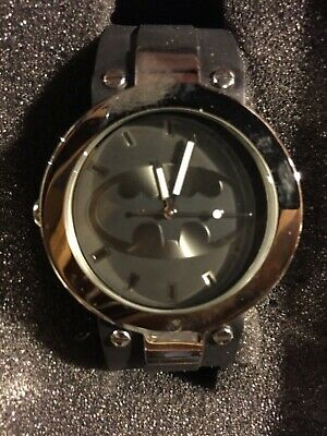 RARE BATMAN WRIST WATCH - SHADOW OF THE BAT- #17010429 - Excellent Condition.