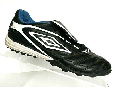 umbro cleats youth