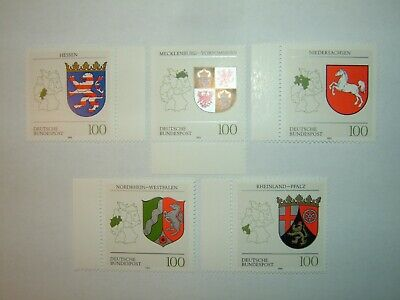 1993 GERMANY LANDER OF FED REPUBLIC STAMPS x 5 MINT NEVER HINGED (sg2542/46)