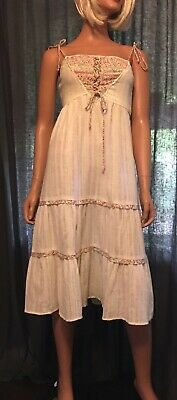 45a91ea854c33 VINTAGE 1960S 70S INDIA COTTON BOHO HIPPIE DRESS EMBROIDERED FLOWERS ...