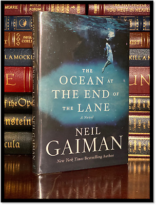 Ocean At The End Of The Lane ✍SIGNED✍ by NEIL GAIMAN Hardback 1st Edition Print
