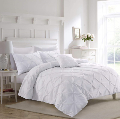 Fixtex Luxury White Pinch Pleat Pintuck King Bed Duvet Cover Set with Pillow