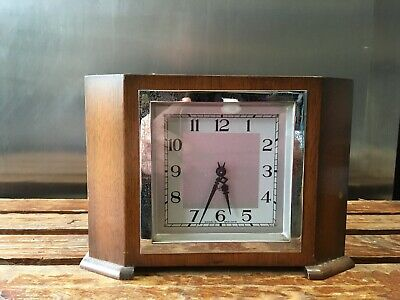 Smiths Stylish 1940`S 8 Day Mantel Clock Full Working Order