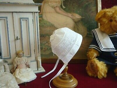 Dainty Antique/Vintage Embroidered  Baby/Doll Bonnet GC.