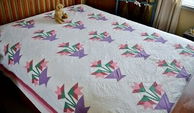 Antique Hand Stitched Carolina Lilly Quilt