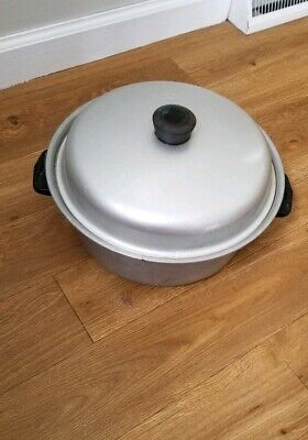 Vintage Wearever 824 Heavy Aluminum Dutch Oven With Domed Lid