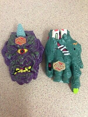 Mighty Max grips the hand and outwits cyclops bluebird toys