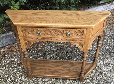 Superb Modern Old Charm  Rare Vintage Oak Canted Hall Table Delivery Available