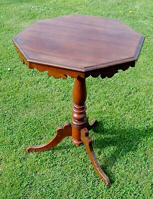 1890s VICTORIAN SIDE TABLE in MAHOGANY WOOD in jolly nice condition