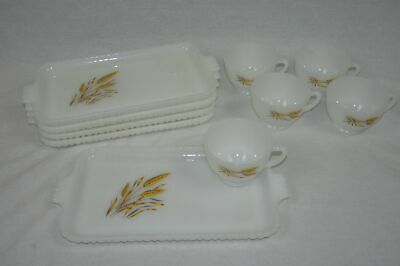 Vintage Anchor Hocking 10 Piece Snack Set Wheat Design 5 Cups & 5 Serving Trays