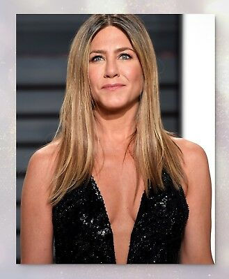 Jennifer Aniston | Collectible Glossy Celebrity Photo (8x10) | 3