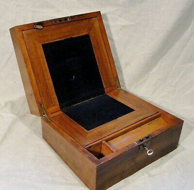 1880s VICTORIAN WRITING SLOPE in WALNUT with its KEY in rather nice condt