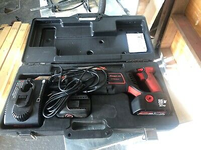 SNAP ON 18V RECIPROCATING SAW Set Very Good Work Order.