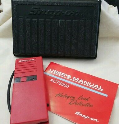 Snap-On Halogen Leak Detector with Case Model No. Act5550 missing battery cover