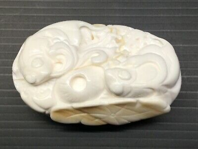 CARVED CHINESE NEPHRITE WHITE JADE FISH 8cm x 5cm 155 grams. Perfect.