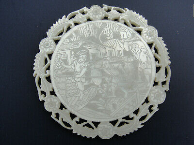 Very Fine Antique CHINESE Mother of Pearl GAMING COUNTER c1830 - #3