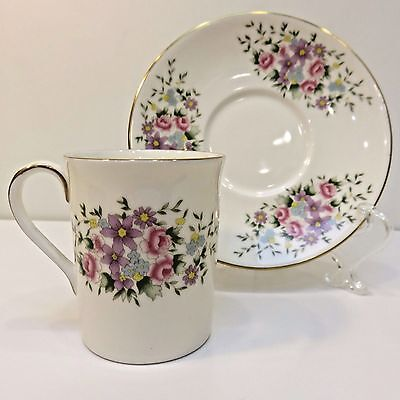 Demitasse Royal Doulton, England Bone China Teacup & Saucer by Danbury Mint Used