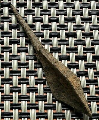 ANCIENT ROMAN IRON ARROWHEAD 3rd-5th CENTURY AD.