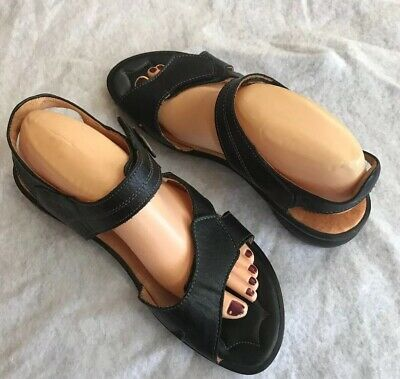 Think! Black Leather Sandals Strappy Two Adjustable Straps EU 40 US 9