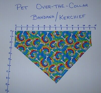 Pet/Dog Over-the-Collar bandana kerchief tie dye w/dog bones and paws hand made