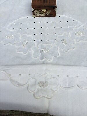 Vintage Arts & Crafts Hand Embroidered White Linen Round Tablecloth 68in  Mint