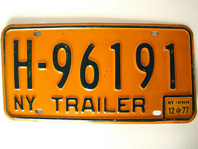 New York 1977 Trailer License Plate H-96191 with 12 - 77 Sticker