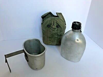 Vintage 1945 WW2 US Army Canteen Cup Cover Massllon Al. Co.