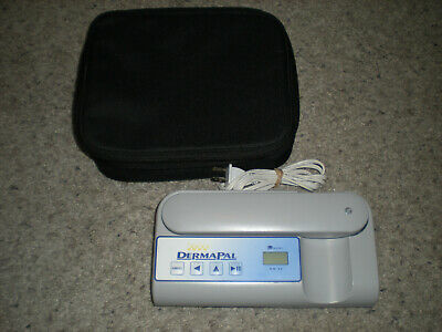 Daavlin DermaPal Portable Phototherapy Unit for Scalp and Skin Spot Treatments