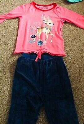 girls Pyjamas christmas, size5-6,excellent Condition