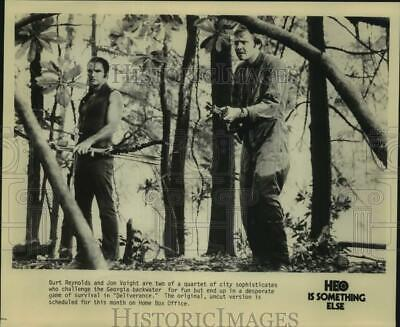 """Press Photo Actors Burt Reynolds and Jon Voight in """"Deliverance"""" on HBO-TV"""