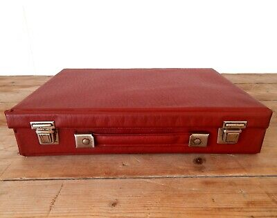 Vintage Retro Audio Cassette Tape Storage Box Carry Case - Maroon