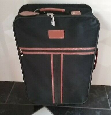 Carry-On Luggage/Suitcase/Travel Bag