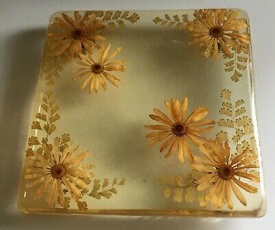 Vintage 7x7 Lucite Trivet/ Pot Holder Stand with Flowers