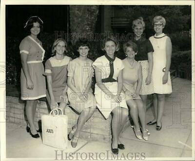 1968 Press Photo Alpha Chi Omega from Louisiana State attend sorority convention
