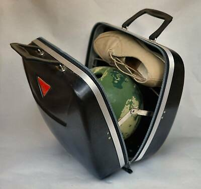AMF Bowling Ball AMFlite Magic Line plus Carry Case and Shoes