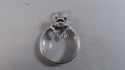 Very Nice Modern Sterling Silver  Frog Magnifying Glass Pendant